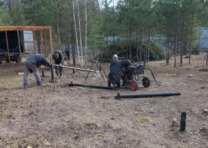 Монтаж свайного поля для каркасного дома